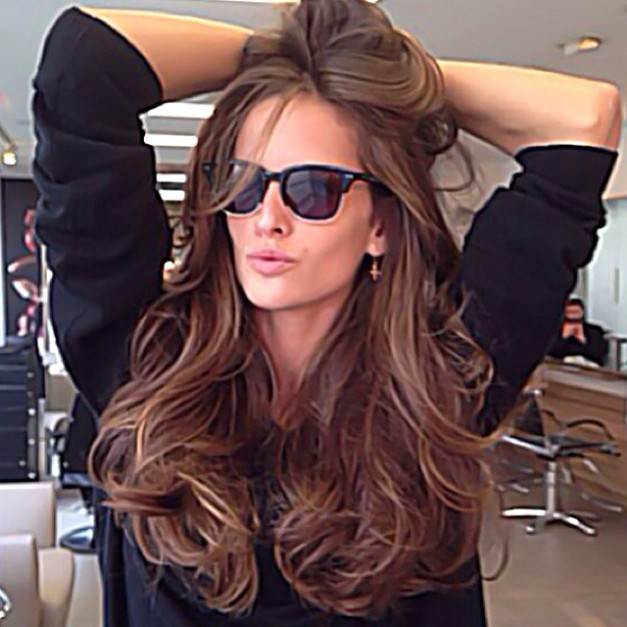 Izabel Goulart Day Care for Hair