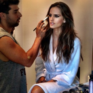Izabel Goulart Painting the Madonna