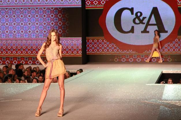 Izabel Goulart C&A Rio