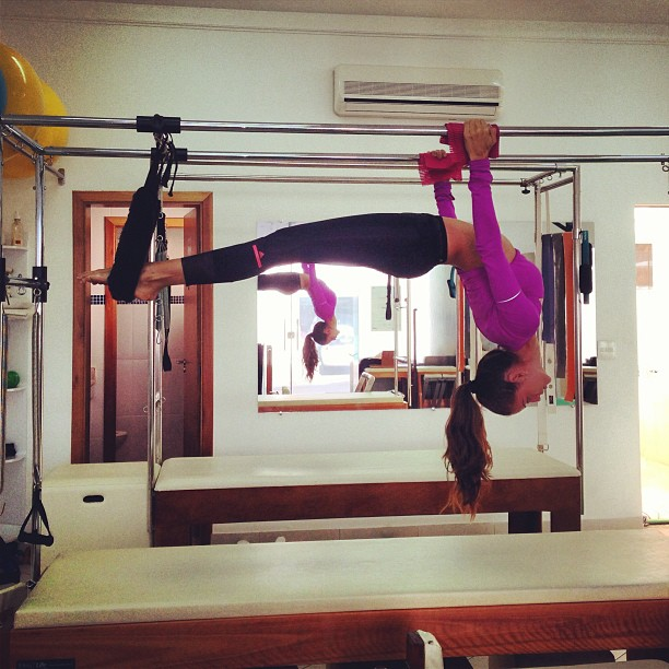 Izabel Goulart Let's Stretch