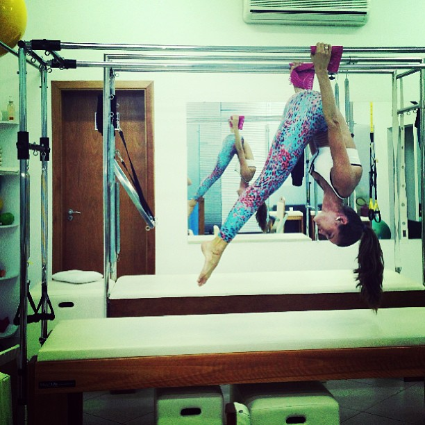 Izabel Goulart Pilates Stretch