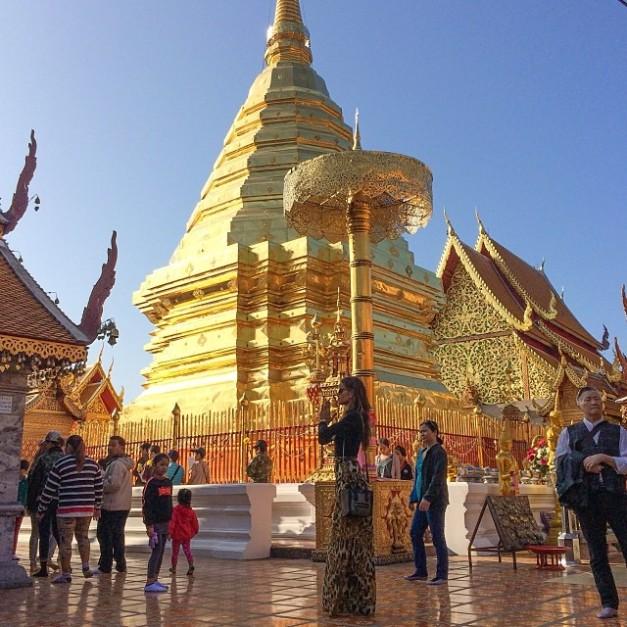 Izabel Goulart Chaing Mai Temples